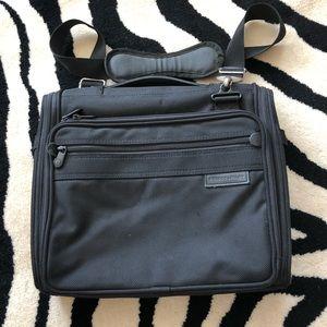 Briggs & Riley travelware padded bag